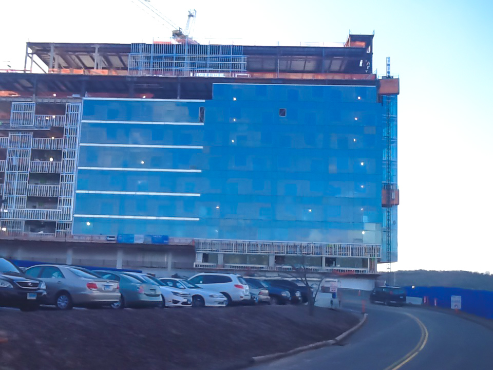 UNIVERSITY OF CONNECTICUT INPATIENT TOWER – FARMINGTON, CT