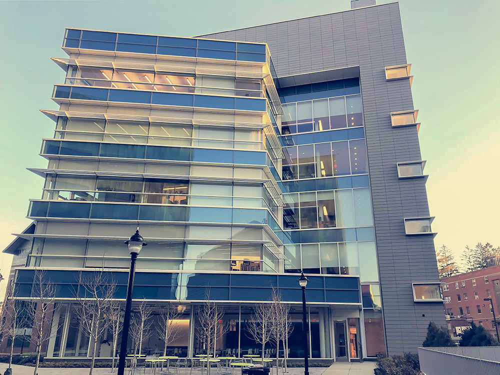 UNIVERSITY OF CONNECTICUT NEW ENGINEERING AND SCIENCE BUILDING – STORRS, CT
